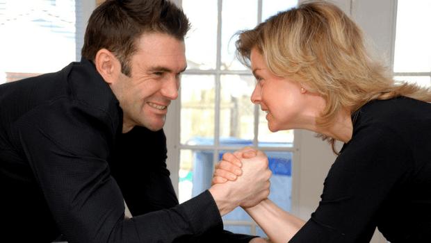 Женщина-контроллер: почему не складываются отношения с мужчинами