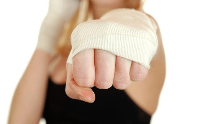 Причины агрессии у женщин